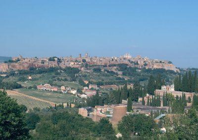 1024px-Orvieto_panorama